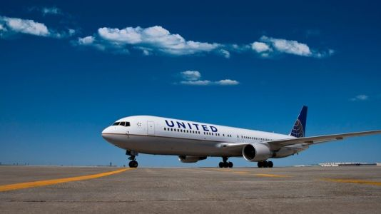 United plans to resume several international routes in September