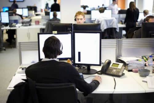 Call Centres Are 'Like A Petri Dish' As Staff Hotdesk And Managers Lean Over Workers