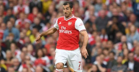 Super agent blasts Arsenal transfer chief:'He made a bunch ofc**k-ups'