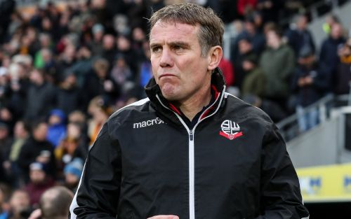 Sunderland appoint ex-Bolton boss Phil Parkinson as manager and fans are split over 'dodgy' decision