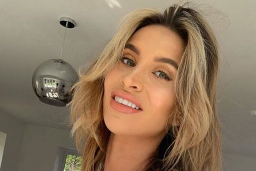 Ferne McCann shares pictures of her epic 21-day body transformation