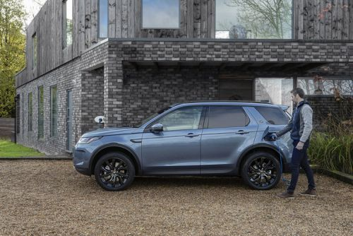 Discovery Sport and Evoque look set for an electric future