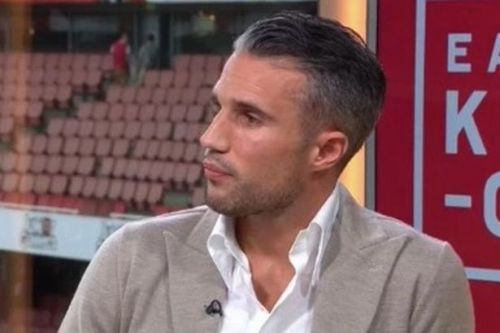 "Robin Van Persie explains he was ""married"" to Arsenal - but they pushed him to Man Utd"