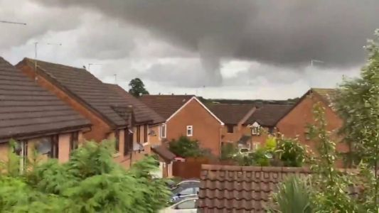Scientists build computer model to predict when tornadoes will hit the UK