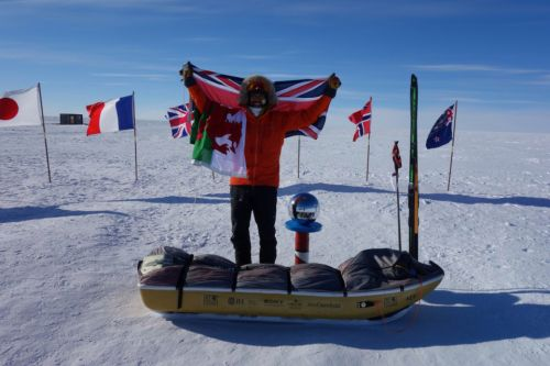 Ex-rugby star beats his OWN record by skiing to the South Pole in just 28 days