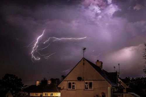 UK spending £1.2 billion on weather supercomputer to more accurately predict storms