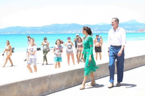Spain's king plays tour guide as royals continue to show support for travel industry