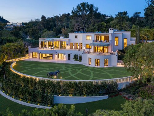 Billionaire casino mogul Steve Wynn just listed his Beverly Hills estate for $110 million - more than double what he paid for it 6 years ago. Look inside