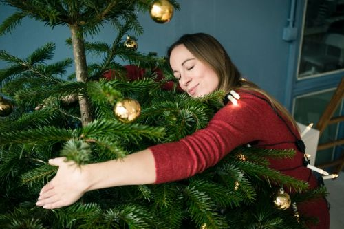 Brits spend FOUR weeks getting their homes Christmas ready