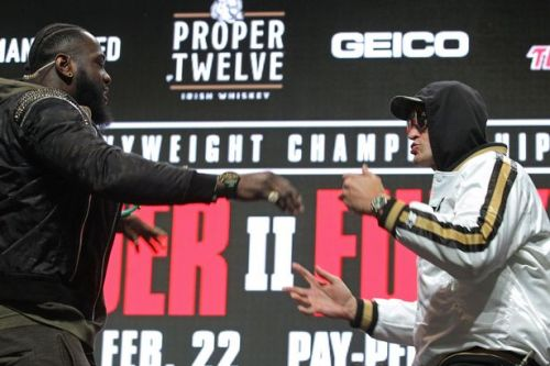 Tyson Fury UK fight time tonight as he faces Deontay Wilder