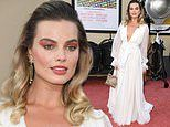 Margot Robbie sports dramatic eyeshadow application at Once Upon a Time in Hollywood premiere