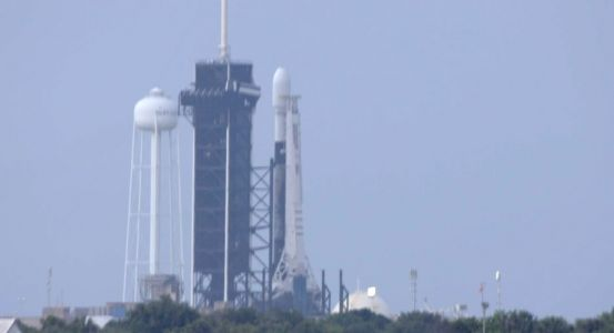 SpaceX's next batch of Starlink satellites back on the launch pad