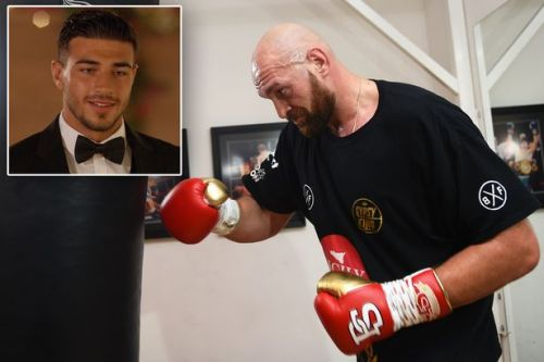 Tommy Fury explains what it's like to be punched by brother Tyson Fury