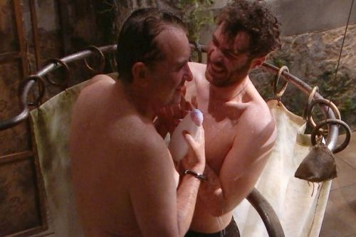 I'm A Celeb's Shane Richie and Jordan North shower together in hilarious scene