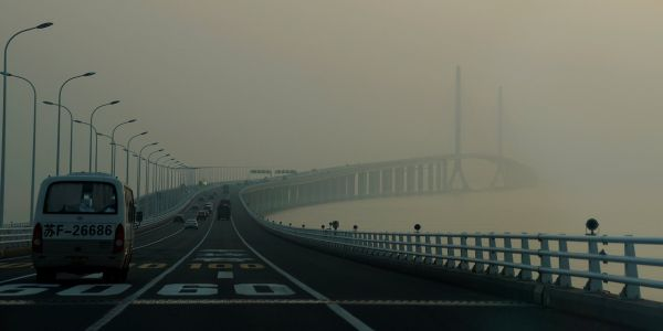 33 eerie photos show just how polluted China's air has become