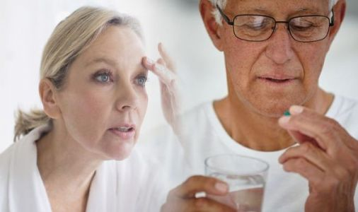 Vitamin B12 deficiency symptoms: Experiencing this symptom in your eyes could be a warning