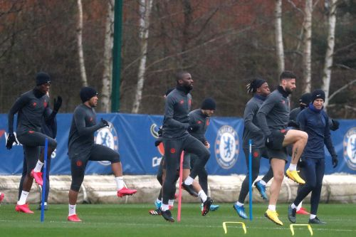 Chelsea 'open talks' to secure new contracts for two first team players