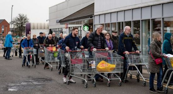 Government Will Not Enforce Social Distancing At Supermarkets
