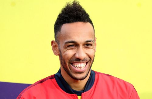 Barcelona plan to sign Pierre-Emerick Aubameyang on loan from Arsenal
