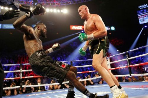 Floyd Mayweather sends message to Deontay Wilder after Tyson Fury defeat