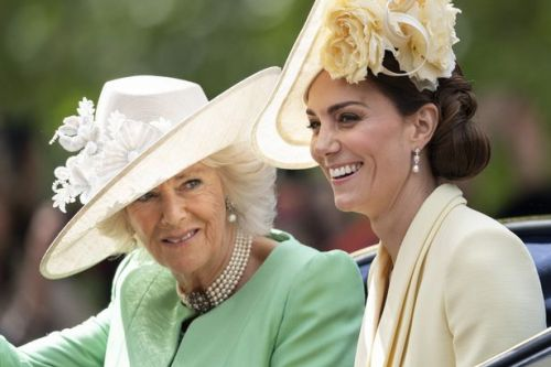 Camilla's telling dating advice to Kate about how to 'hang on to a prince'