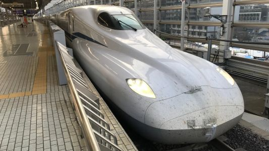 Japan's Newest Bullet Trains Can Keep Running on Battery Power in the Event of a Disaster