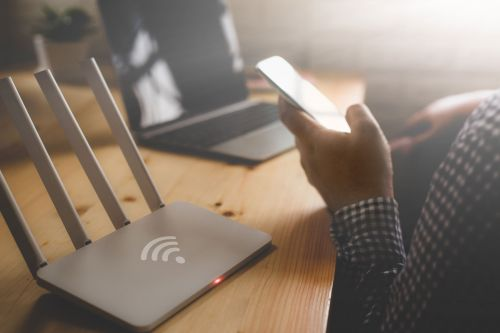 How to forget a Wi-Fi network on your iPhone, so that your phone stops automatically connecting to it