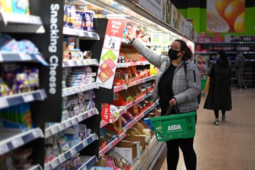 Tesco, Asda and Waitrose join competitors to ban maskless customers from stores