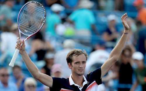 Tennis Podcast:Who will have the better US Open - Medvedev or Federer?