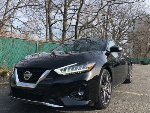 I drove a $46,000 Nissan Maxima to find out if this sedan is still worth a look as automakers discontinue their legendary four-door rides