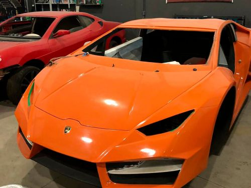 A body shop in Brazil got busted for building knock-off Lamborghinis and Ferraris that look surprisingly real