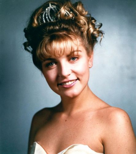 A new documentary will explore the real-life murder that inspired Twin Peaks