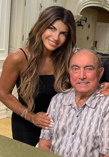 RHONJ's Teresa Giudice tells late father to 'fly high to mommy' after setting doves free in private funeral