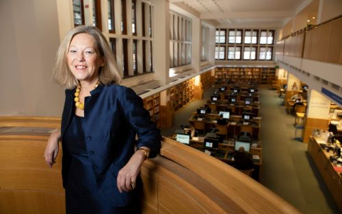Libraries should offer private space to women who want to start businesses, MPs report says