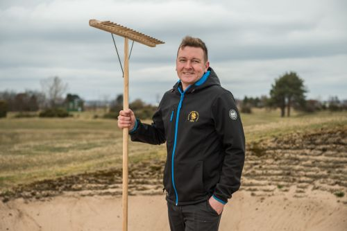 Golf clubs hope to secure much-needed income from game's restart