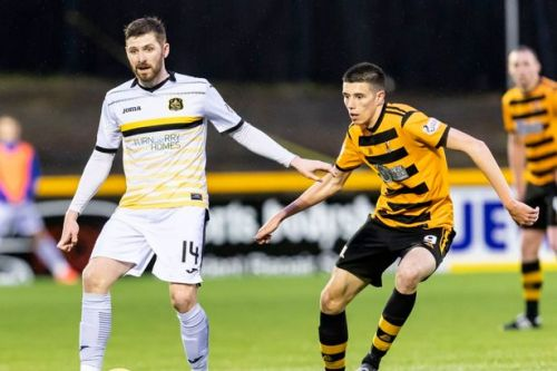 Former Rangers and Dumbarton star Kyle Hutton a target for East Kilbride
