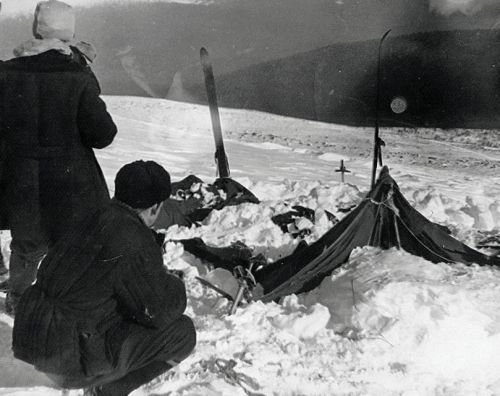Decades ago, 9 Russian hikers mysteriously fled their tent and froze to death. A new study sheds light on the cold case