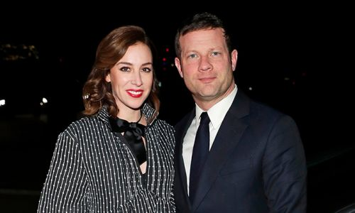 Dermot O'Leary's pregnant wife poses for bump photo ahead of baby's birth