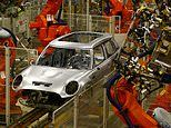 Quarter of Britain's manufacturers say they are planning to cut jobs