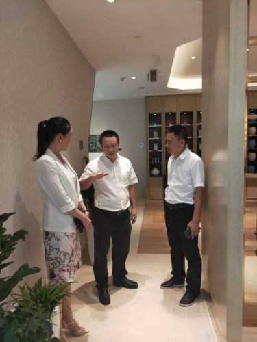 Sanya seeks improvement in tourism facilities and services