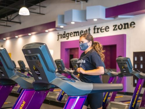 Want to work out at Planet Fitness during the pandemic? You'll need a mask