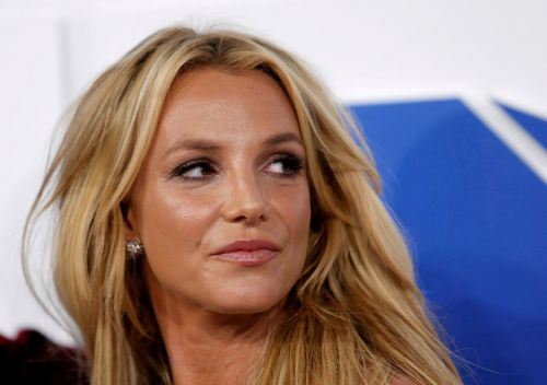Britney Spears asks for accountant to replace father as conservator