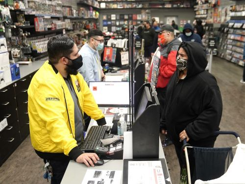The 4 main reasons that GameStop stock became the target of a Reddit forum with more than 2 million members