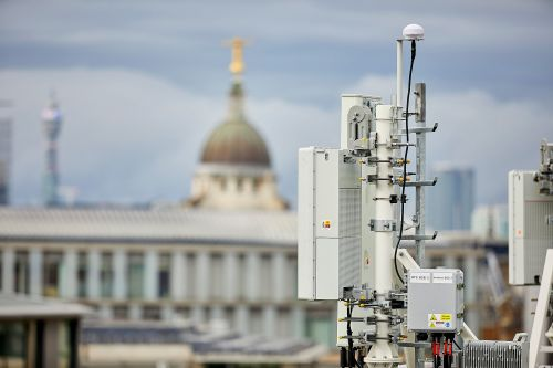 EE to launch 5G as 'premium' mobile experience in 16 UK cities in 2019