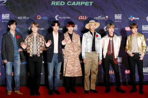 BTS, ITZY and Dua Lipa dominate the MAMA 2019 red carpet in style