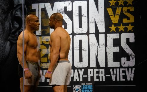 Mike Tyson vs Roy Jones Jr: live round-by-round fight updates