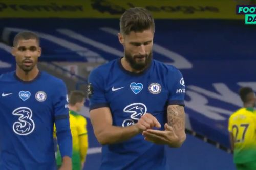 """: """"I play scrabble with Kante"""" - Olivier Giroud explains his celebration"""