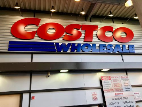 We shopped at Costco and Sam's Club to see which one does bulk better and discovered that Costco's extra membership cost is worth it