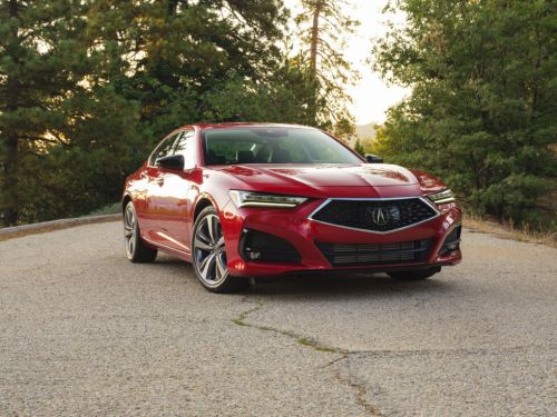 The Acura TLX Advance hits the luxury notes, misses the sporting ones