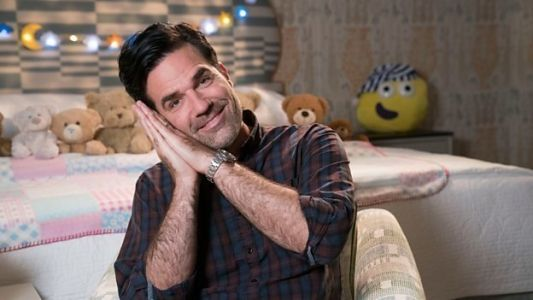 Rob Delaney Hosts CBeebies' Bedtime Stories First Ever Signed Episode